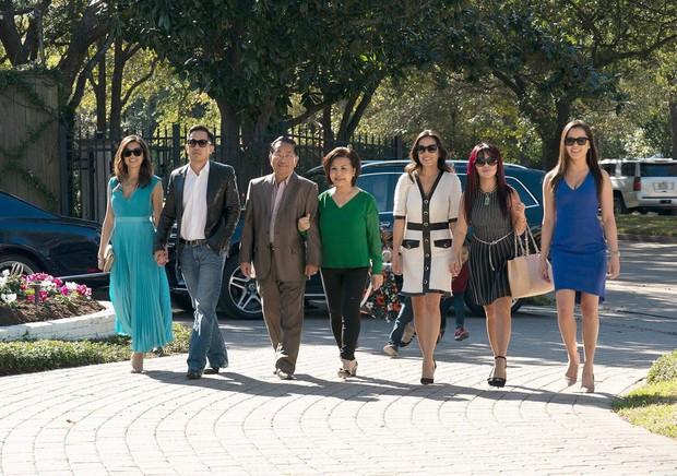 Gia tộc gốc Việt siêu giàu ở Mỹ rục rịch lên sóng show thực tế lấy cảm hứng từ nhà Kim Kardashian thu hút sự chú ý của truyền thông - Ảnh 1.
