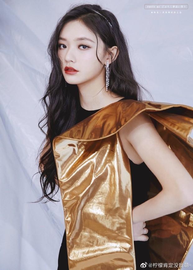 Dàn sao đổ bộ sự kiện Phượng Hoàng: Khổng Tuyết Nhi gây bão với visual công chúa, Jia (Miss A) chặt chém vì hình ảnh cực bốc - Ảnh 11.