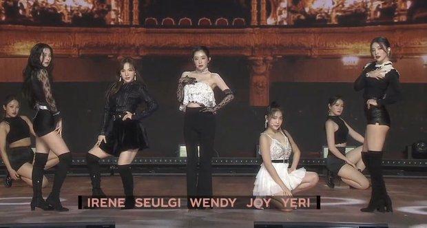 Red Velvet diễn Psycho đầy đủ đội hình sau hơn 1 năm, dân tình xuýt xoa: Ơn giời, Wendy đây rồi! - Ảnh 5.