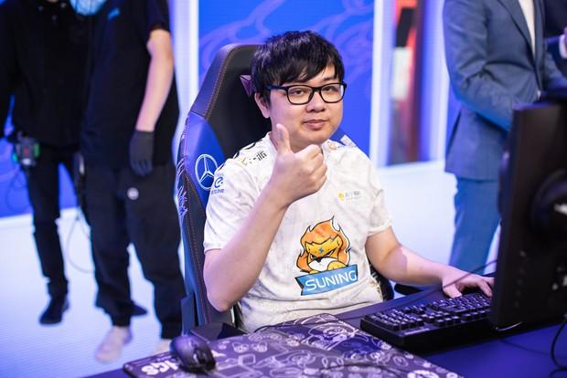 SofM giành danh hiệu Ngoại binh xuất sắc nhất LPL 2020, cộng đồng game Việt nức nở tự hào - Ảnh 1.