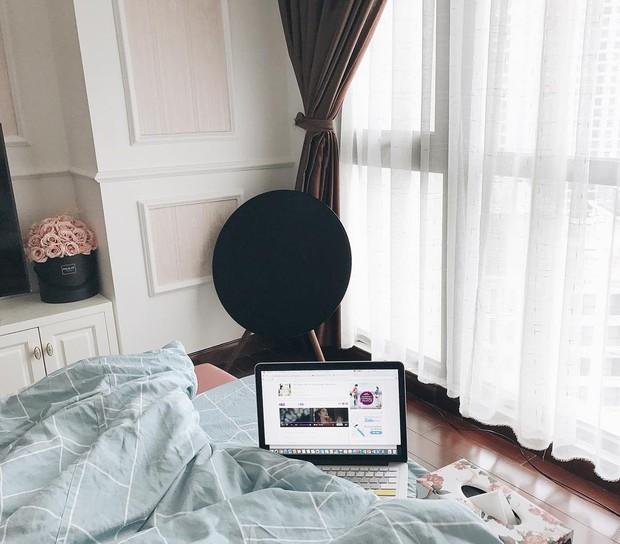 Nhà của Á hậu Huyền My: Đơn giản mà sang, riêng phòng quần áo, mỹ phẩm hoành tráng nhất nhì Vbiz - Ảnh 4.