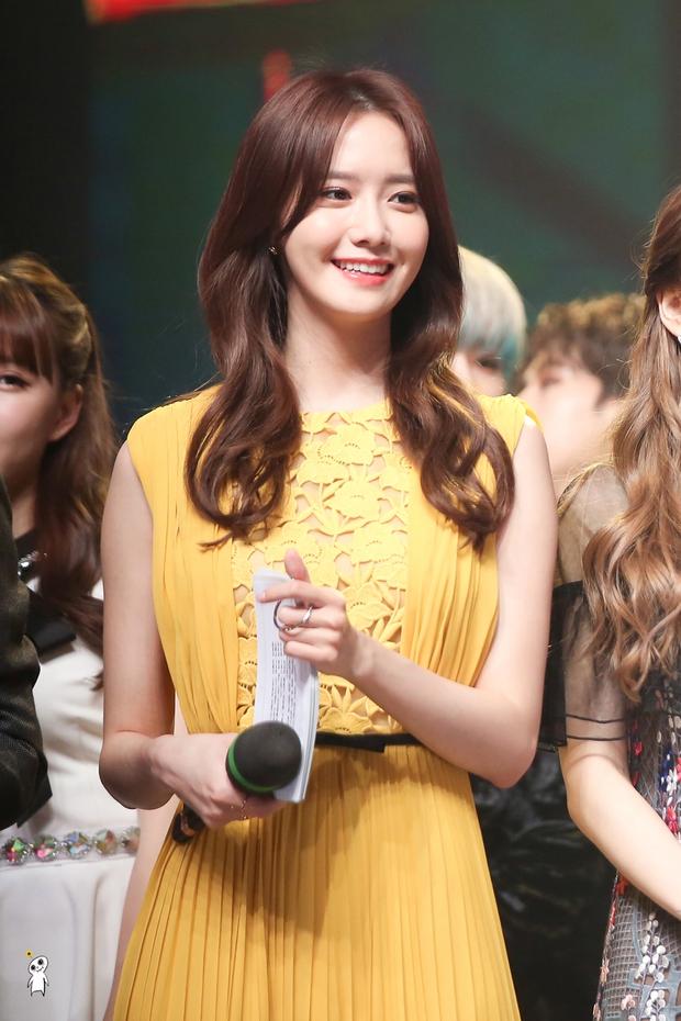 Nữ thần MBC Gayo Daejejeon gọi tên Yoona (SNSD): 5 năm liên tiếp làm MC, mỗi năm lại xinh hơn vạn phần, năm nay gây bão cả MXH - Ảnh 7.
