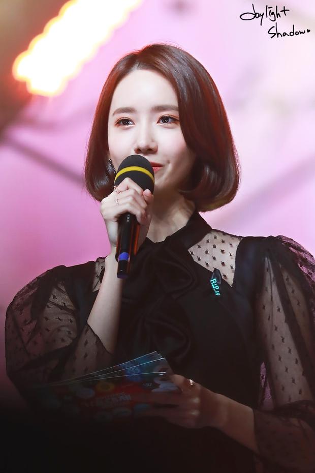 Nữ thần MBC Gayo Daejejeon gọi tên Yoona (SNSD): 5 năm liên tiếp làm MC, mỗi năm lại xinh hơn vạn phần, năm nay gây bão cả MXH - Ảnh 14.