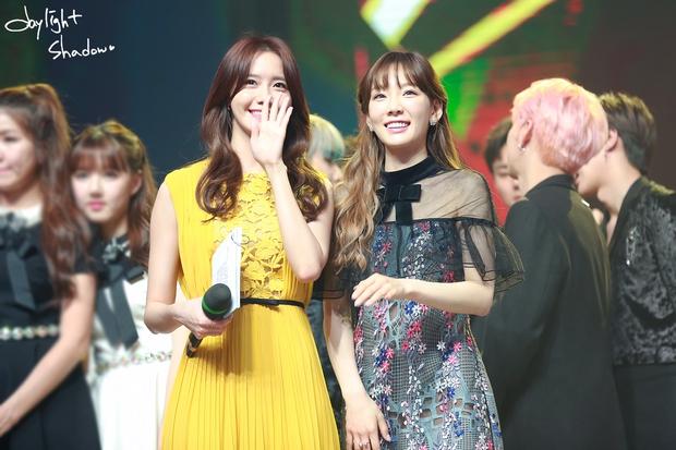 Nữ thần MBC Gayo Daejejeon gọi tên Yoona (SNSD): 5 năm liên tiếp làm MC, mỗi năm lại xinh hơn vạn phần, năm nay gây bão cả MXH - Ảnh 10.