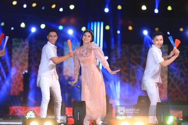 Noo Phước Thịnh trễ sóng show trực tiếp vì bị kẹt đường tại Hà Nội, MCK và Tlinh đụng độ ICD tại show countdown ở TP.HCM - Ảnh 2.