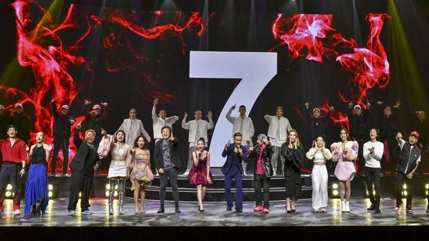 Noo Phước Thịnh trễ sóng show trực tiếp vì bị kẹt đường tại Hà Nội, MCK và Tlinh đụng độ ICD tại show countdown ở TP.HCM - Ảnh 21.