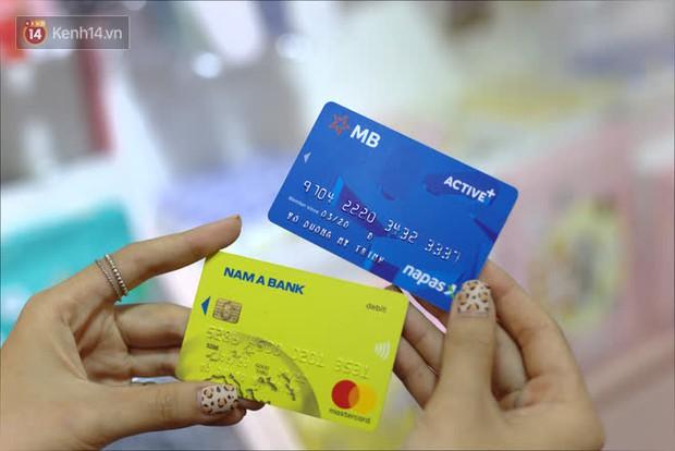 Trải nghiệm tính năng chạm thanh toán trên thẻ ATM, vừa tiện lợi vừa an toàn vậy mà ít ai biết! - Ảnh 1.