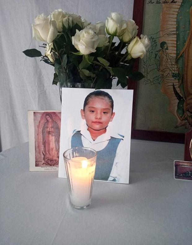 Bé gái 7 tuổi từng cầu xin bác sĩ cho mình được chết sau nhiều năm bị bố mẹ, chú ruột bạo hành và cưỡng bức đã qua đời - Ảnh 1.