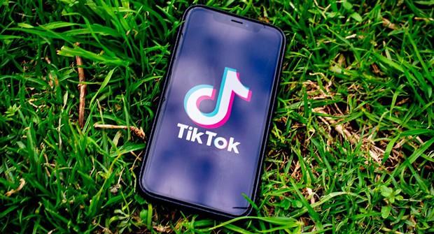 Tưởng sẽ đấu đá căng thẳng với Instagram và TikTok, nhưng Google lại có động thái khiến người dùng phải há hốc mồm - Ảnh 3.