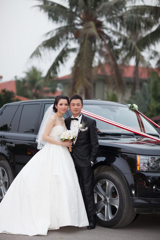 Khoe ảnh kỷ niệm 8 năm ngày cưới, vợ chồng MC Anh Tuấn được khen hack tuổi dã man - Ảnh 2.