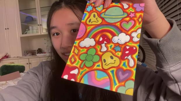 Hoá ra tiểu thư YouTuber như Jenny Huỳnh cũng xài giày pha ke, nhưng nể nhất là khoản vẽ vời cực xịn - Ảnh 3.