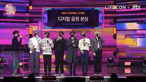 ITZY gây tranh cãi vì thành tích thấp nhưng lại cướp giải của nam rapper đình đám, phải chăng Grammy Hàn Quốc muốn nịnh JYP? - Ảnh 5.