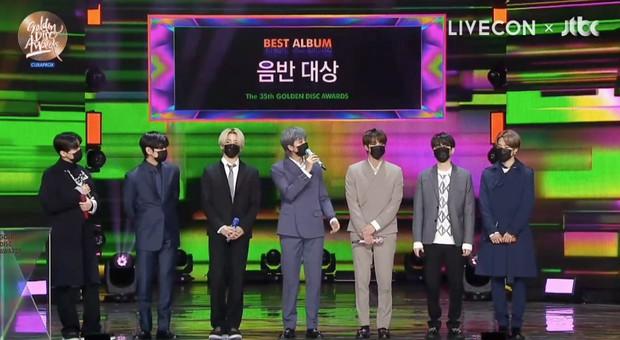 BTS giành Daesang quá dễ đoán trong ngày thứ 2 của Grammy Hàn Quốc 2021, có tới 3 nghệ sĩ nhận giải Tân binh nhưng không ai là nữ - Ảnh 7.