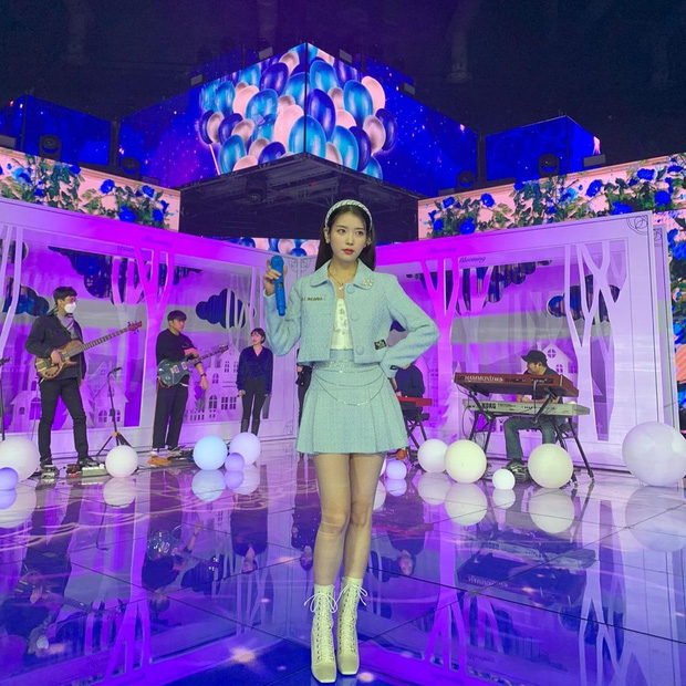 Nữ thần Grammy Hàn 2021 gọi tên IU: Diện 4 bộ đồ chiếm trọn spotlight, ảnh hậu trường khoe visual triệu người mê đắm - Ảnh 5.