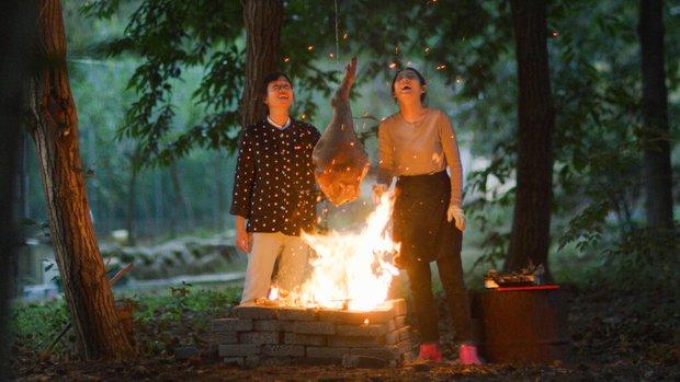 Hội mê đồ Hàn ghé lẹ coi phim về... thịt ba chỉ cực quyến rũ của Sunny, khuyến cáo không xem lúc đêm hôm kẻo phát thèm! - Ảnh 1.