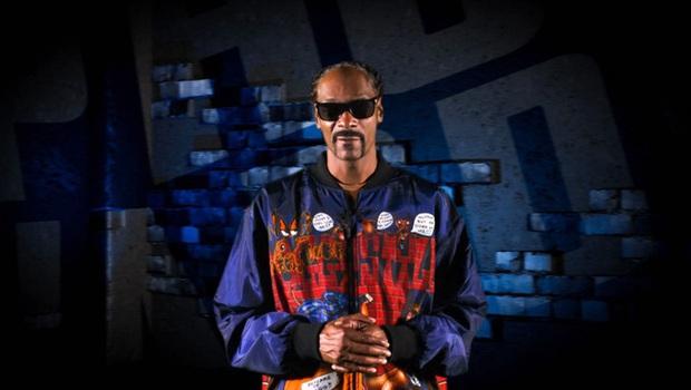 Rapper Snoop Dogg xuất hiện trên sàn vật biểu diễn, gây sốt với màn bay giữa ngân hà cực chất - Ảnh 5.