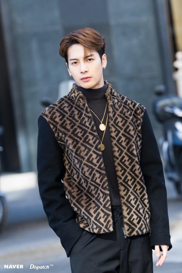 """Tương lai từng thành viên GOT7 sau khi rời JYP: Jackson có hẳn công ty riêng, Jinyoung về dưới trướng """"ông lớn"""" Lee Byung Hun? - Ảnh 3."""