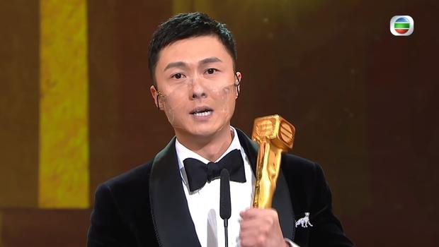 Giải TVB 2020 bị dân tình ném đá khi sao nam ngoại tình và tiểu tam tin đồn trở thành Thị đế - Thị hậu - Ảnh 4.