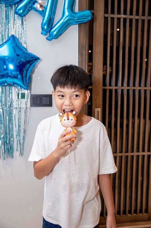 Hà Hồ và Cường Đô La hiếm hoi cùng lộ diện, đến trường cổ vũ Subeo thi đấu: Mối quan hệ đáng ngưỡng mộ hậu tan vỡ! - Ảnh 8.