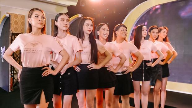 Show của Hương Giang tuyên bố có hành động mạnh tay, thắt chặt những bình luận sai lệch, vô căn cứ - Ảnh 1.