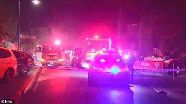 Nghe tiếng nổ cùng khói lớn bốc ra từ nhà nọ, cảnh sát liền có mặt rồi phát hiện cảnh tượng thương tâm của 4 mẹ con trong phòng tắm - Ảnh 3.