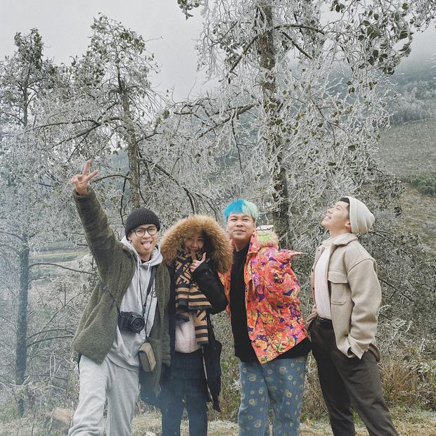 Hội trai xinh gái đẹp tung ảnh check in tuyết ở Y Tý, Sa Pa đẹp hú hồn, không ngờ Việt Nam mình cũng có những nơi thế này! - Ảnh 5.