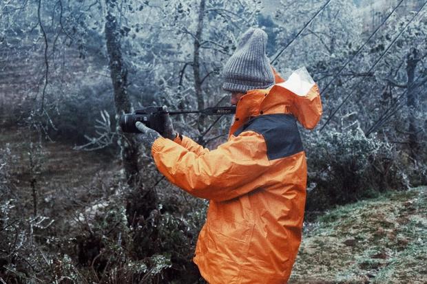 Hội trai xinh gái đẹp tung ảnh check in tuyết ở Y Tý, Sa Pa đẹp hú hồn, không ngờ Việt Nam mình cũng có những nơi thế này! - Ảnh 2.