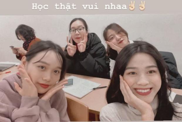 Hoa hậu Đỗ Hà đăng ảnh đi học trở lại: Tự tin zoom cận mặt nhưng nhan sắc liệu có lộ khuyết điểm? - Ảnh 2.