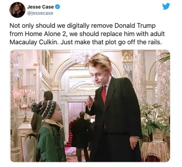 Bay màu khỏi các mạng xã hội thôi chưa đủ, cư dân mạng đòi xóa hình ảnh ông Trump khỏi nhiều cảnh phim nổi tiếng - Ảnh 5.