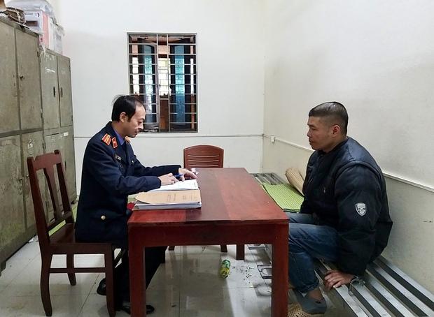 Bắc Ninh: Cha làm sẵn roi đánh đập con đẻ 15 tuổi đến ngất lịm, hành hạ bé suốt thời gian dài sau mỗi lần sử dụng ma tuý - Ảnh 2.