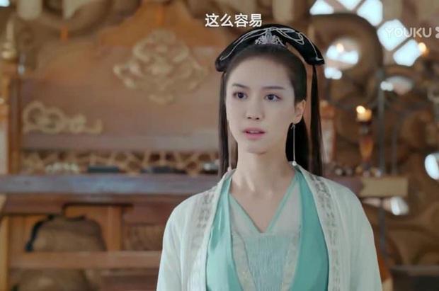4 màn ghép mặt giả trân ở phim Trung, chỉ vì diễn viên chơi dại mà biến phim thành trò kinh dị! - Ảnh 5.