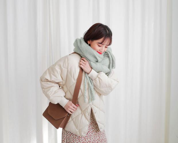 5 kiểu quàng khăn chuẩn style Hàn Quốc: Không chỉ ấm áp, sang chảnh mà còn hack chiều cao tài tình - Ảnh 9.