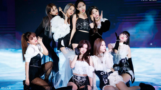 Sunmi từng cặm cụi sáng tác cho TWICE nhưng ca khúc bị thẳng thừng từ chối, JYP sợ gà cưng hát thì sexy quá mức hay gì? - Ảnh 1.