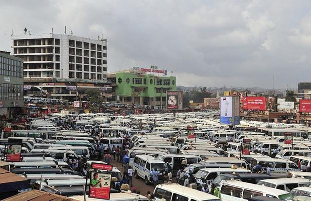 Hình ảnh lúc tắc đường vào giờ cao điểm ở các quốc gia trên thế giới: Đúng là mỗi nước mỗi khác, giao thông Việt Nam chưa hẳn tệ nhất - Ảnh 10.