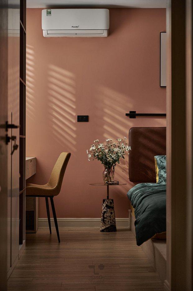 Kiến trúc sư kể chuyện nhà mình: Đập đi xây lại được căn hộ đẹp mê ly, nhìn hình thực tế mà cứ ngỡ ảnh 3D - Ảnh 9.