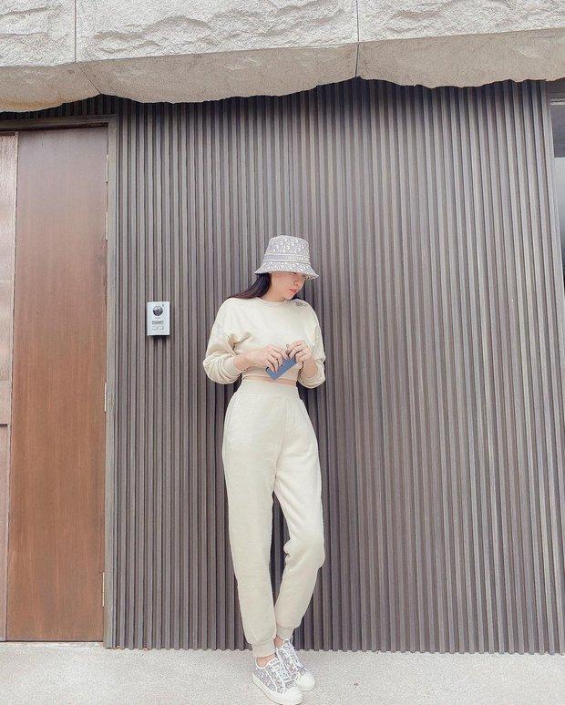 Instagram look của sao Việt: Chi Pu khoe body đồng hồ cát, Xoài Non mặc đơn giản mà xinh áp đảo chị em - Ảnh 6.