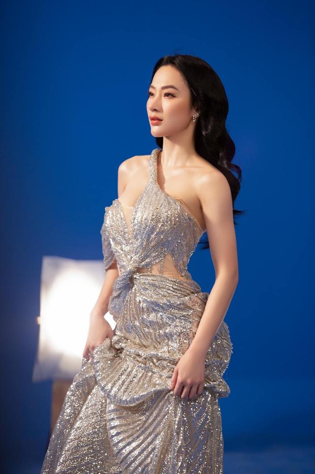 Angela Phương Trinh diện áo hiểm hóc khoe vòng 1 hững hờ, soi vào nhận ra ngay lý do khiến netizen tranh cãi - Ảnh 4.