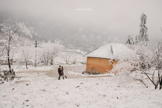 Trọn bộ ảnh cưới lung linh của cặp đôi Hà Nội giữa băng tuyết kỳ ảo ở Y Tý khiến dân tình trầm trồ ngưỡng mộ - Ảnh 2.