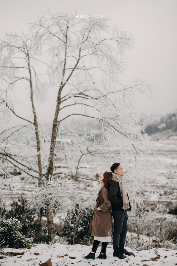Trọn bộ ảnh cưới lung linh của cặp đôi Hà Nội giữa băng tuyết kỳ ảo ở Y Tý khiến dân tình trầm trồ ngưỡng mộ - Ảnh 9.