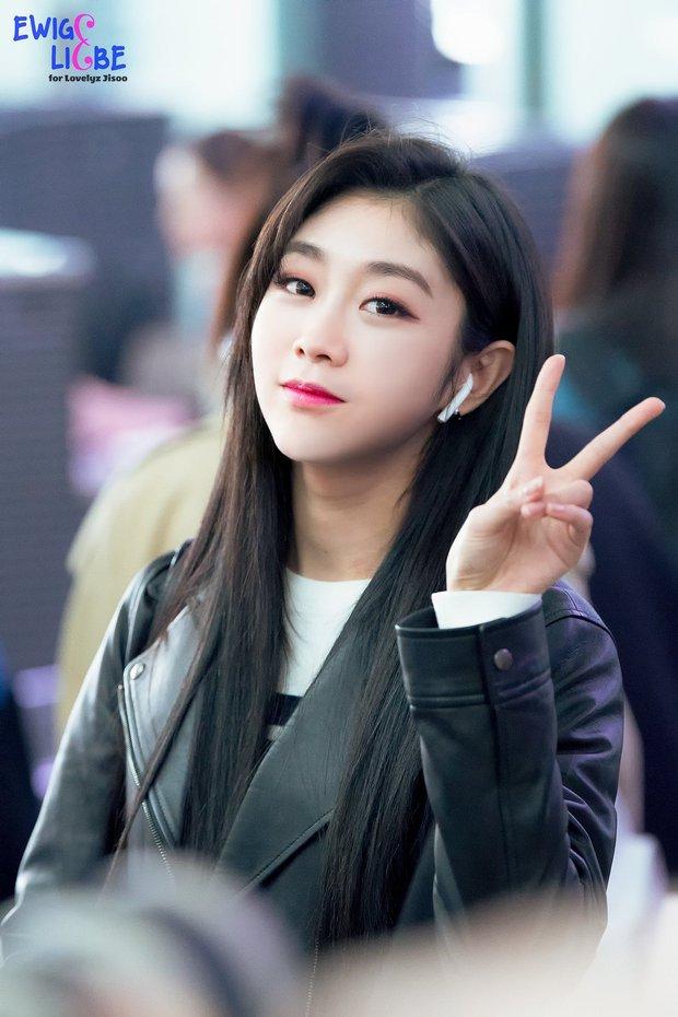 Knet nhận xét visual các idol khi gặp ngoài đời: Lisa như búp bê sống, Suzy toả sáng cả góc trời, Yoona thành nữ thần là có lý do - Ảnh 34.