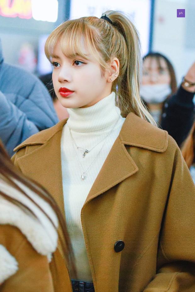 Knet nhận xét visual các idol khi gặp ngoài đời: Lisa như búp bê sống, Suzy toả sáng cả góc trời, Yoona thành nữ thần là có lý do - Ảnh 2.