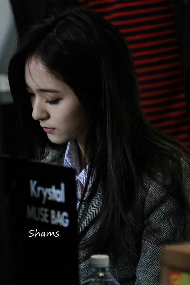 Knet nhận xét visual các idol khi gặp ngoài đời: Lisa như búp bê sống, Suzy toả sáng cả góc trời, Yoona thành nữ thần là có lý do - Ảnh 21.