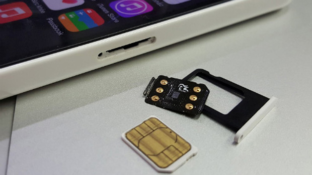 Mã ICCID thần thánh có thể biến iPhone lock thành bản quốc tế chỉ trong chớp mắt, nhưng có đáng mua thật không? - Ảnh 1.