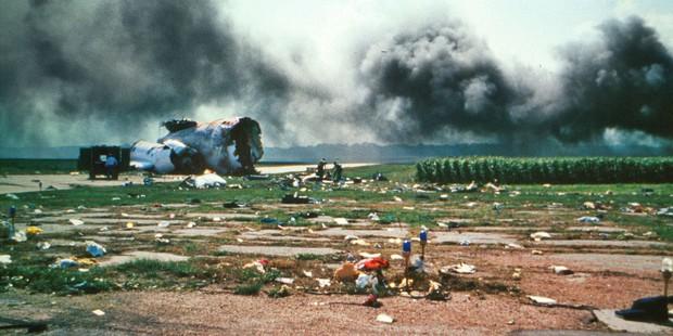 Cảm giác của hành khách trên một chuyến bay gặp nạn: Câu chuyện về vụ tai nạn hàng không kinh hoàng, nhưng cũng kỳ diệu nhất lịch sử nước Mỹ - Ảnh 2.