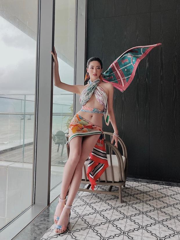 Hở bạo át vía dàn sao Việt khi đu trend quấn khăn nhưng Lương Thuỳ Linh lại chưa phải người mặc đẹp nhất - Ảnh 4.