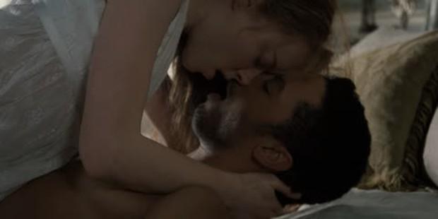 Điểm danh 10 cảnh nóng hầm hập của cặp mỹ nam - mỹ nữ Bridgerton: Chấn động khi ân ái với nhau... 6 lần trong 1 tập! - Ảnh 13.