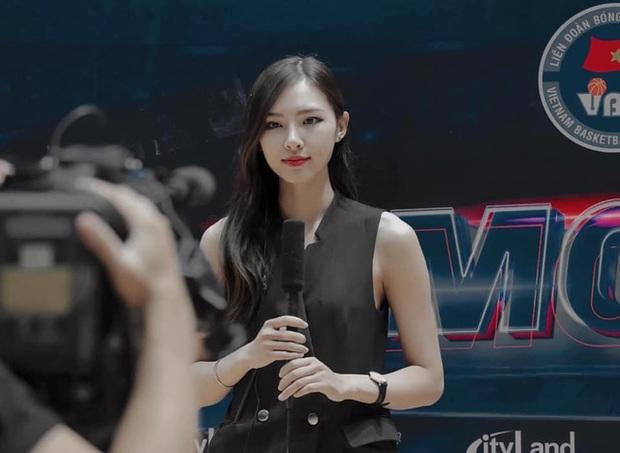 So kè nhan sắc của những nữ MC MOBA Esports đình đám tại Việt Nam: Mỗi người một vẻ mười phân vẹn mười - Ảnh 12.