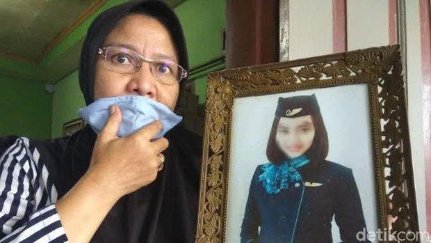 Máy bay rơi ở Indonesia: Chân dung 3 nữ tiếp viên hàng không có mặt trên chuyến bay định mệnh và câu chuyện trước khi lên đường của họ gây xót xa - Ảnh 4.