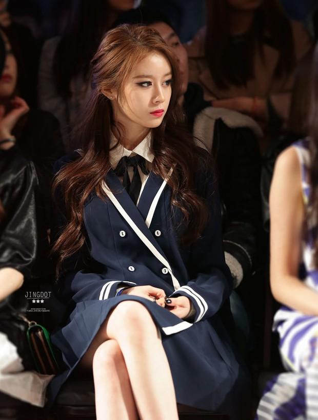 Knet nhận xét visual các idol khi gặp ngoài đời: Lisa như búp bê sống, Suzy toả sáng cả góc trời, Yoona thành nữ thần là có lý do - Ảnh 36.