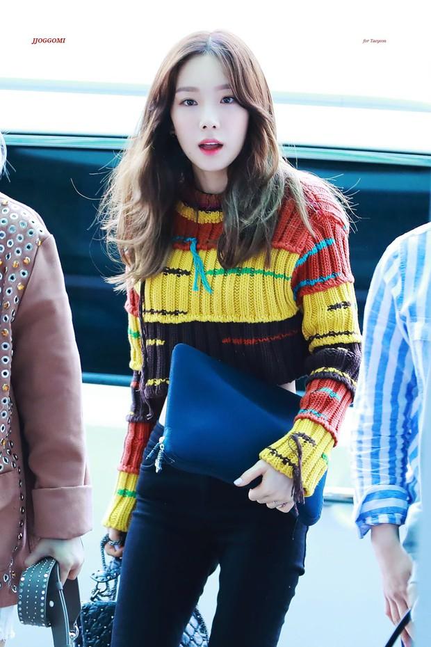 Knet nhận xét visual các idol khi gặp ngoài đời: Lisa như búp bê sống, Suzy toả sáng cả góc trời, Yoona thành nữ thần là có lý do - Ảnh 24.